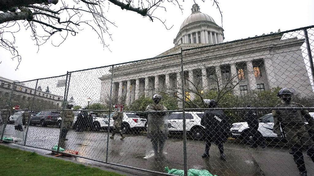 Capitol Hill Dipagari Jelang Pelantikan Biden