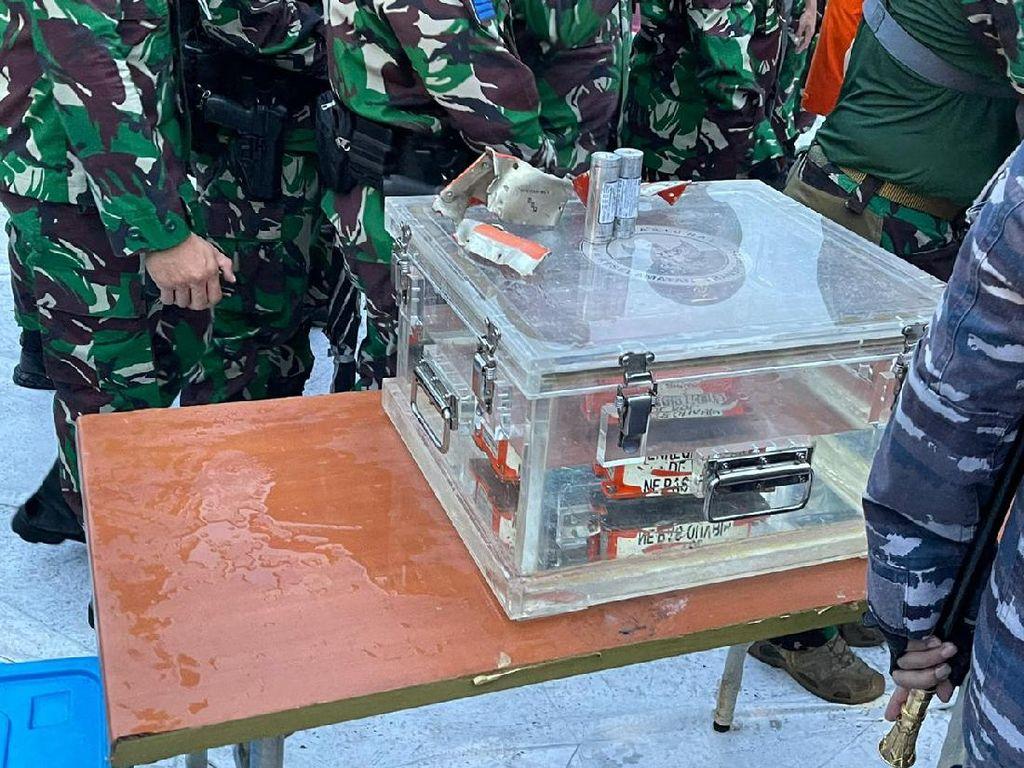 FDR Black Box Sriwijaya Air SJ182 Diserahkan ke KNKT