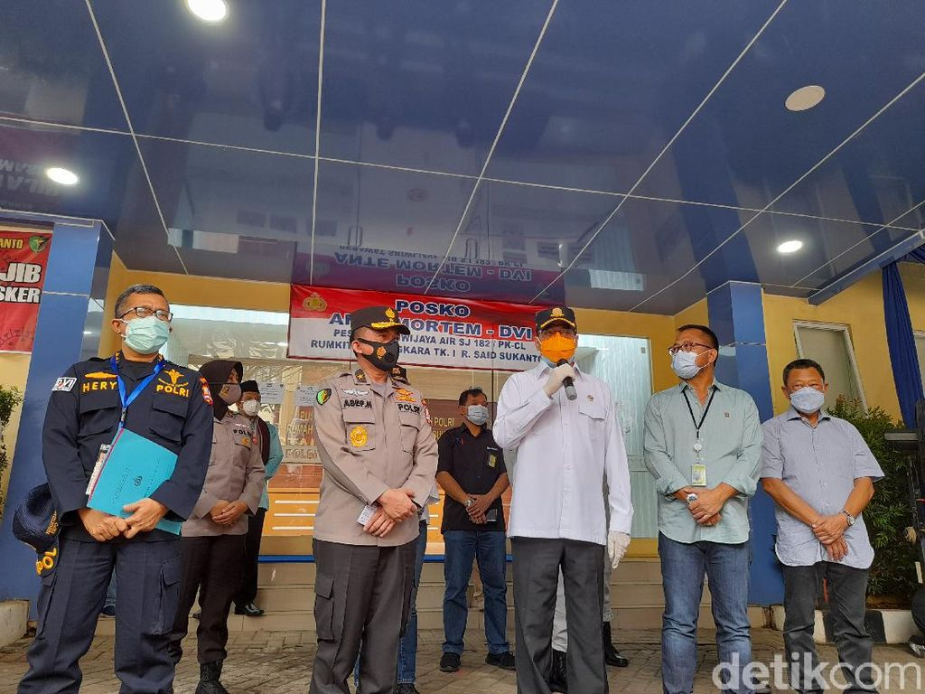 Sambangi RS Polri, Menhub Apresiasi Proses Identifikasi Korban Sriwijaya Air