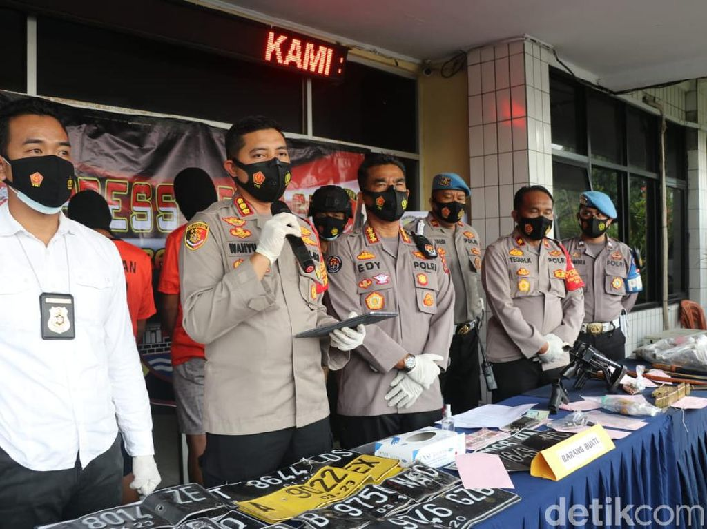 Sindikat dan Penadah Pencurian Mobil Pick Up Ditangkap di Tangerang