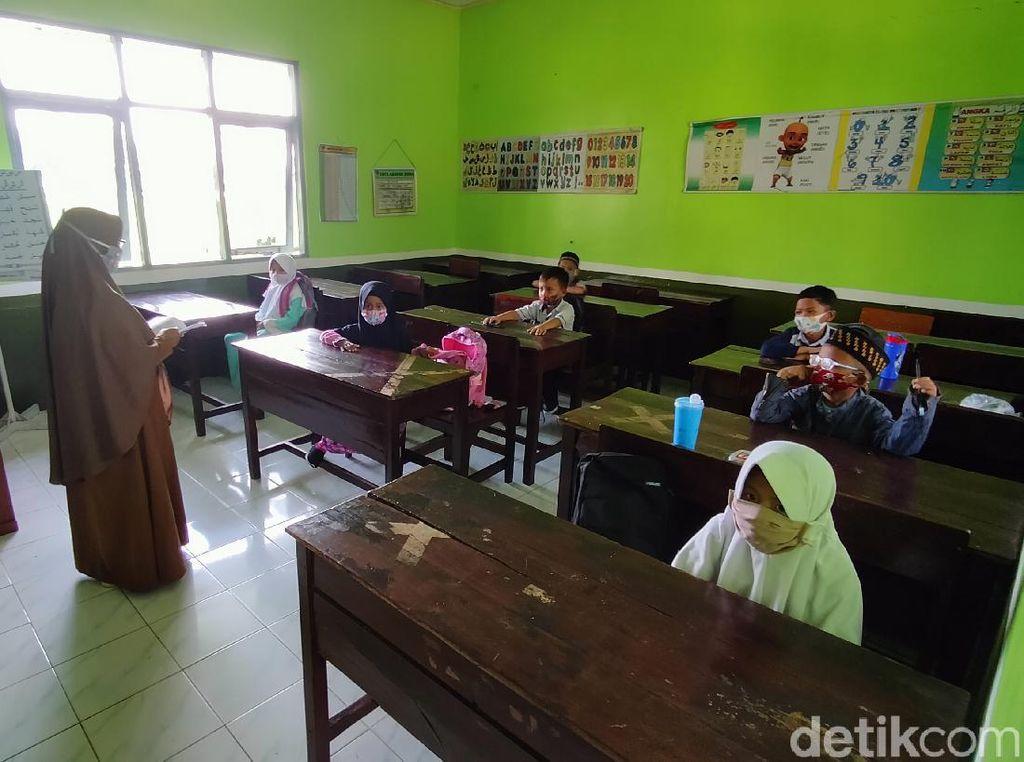 PPKM Kuningan, Masih Ada Siswa Berkegiatan di Sekolah