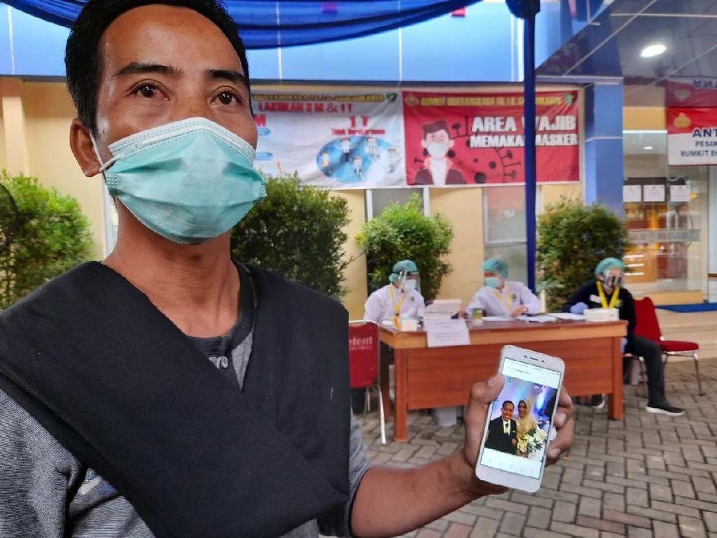 Keluarga Eks Ketum HMI Korban Sriwijaya Air SJ182 Datangi RS Polri