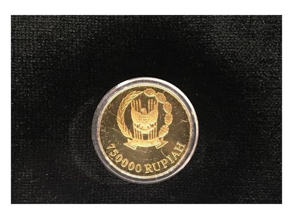 Uang Logam Ini Dibuat dari Emas 23 Karat, Nih Bentuknya!