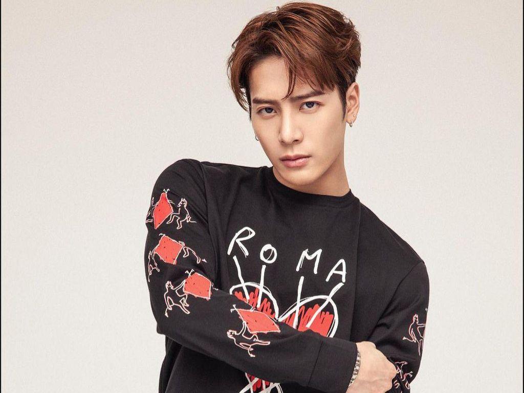 7 Gaya Jackson Wang yang Ditiru Buat Feed Instagram
