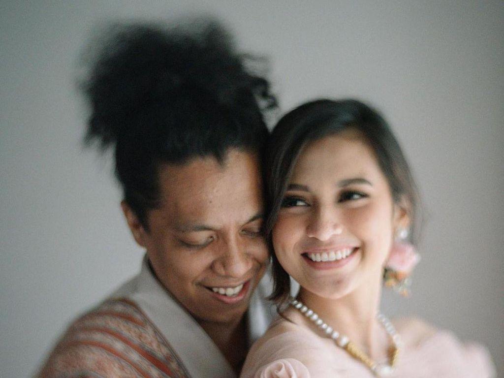 Ayah Tak Jadi Wali, Pernikahan Indah Permatasari dengan Arie Kriting Tetap Sah