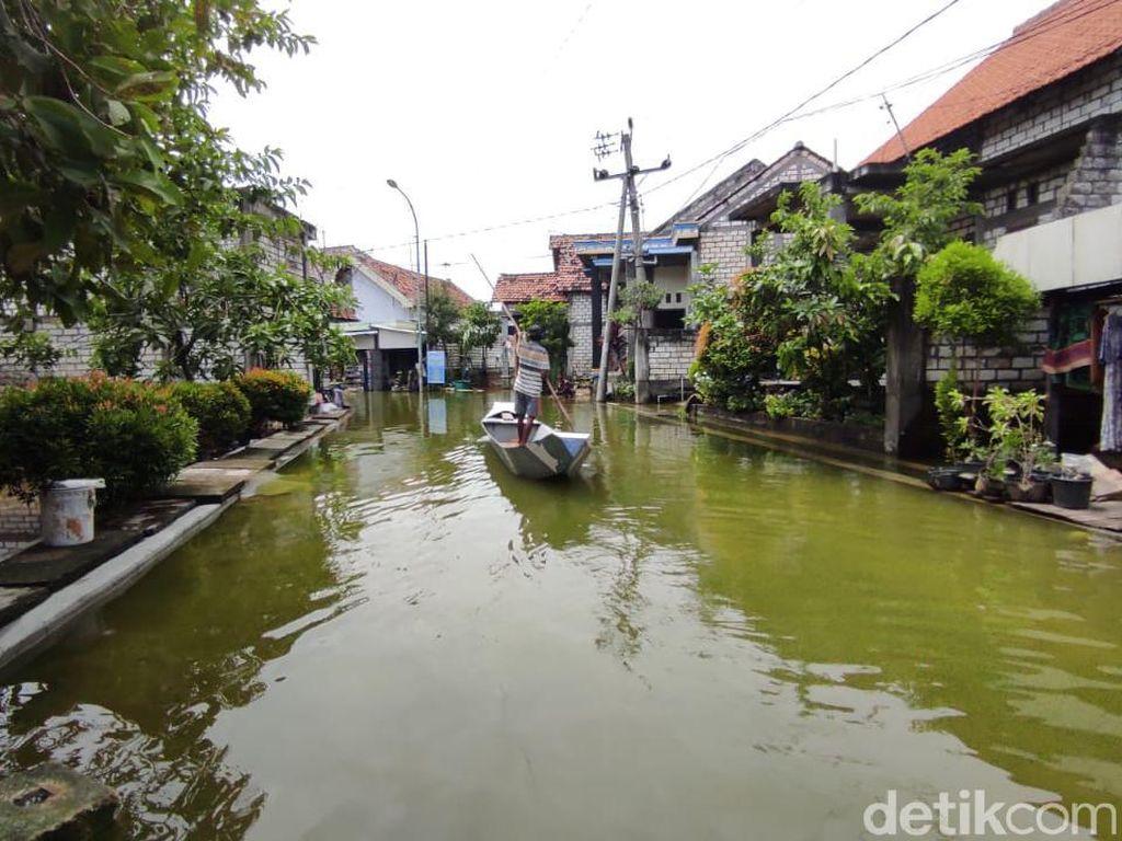 Dianggap Tak Becus Tangani Banjir, Ini Pembelaan Pemkab Lamongan