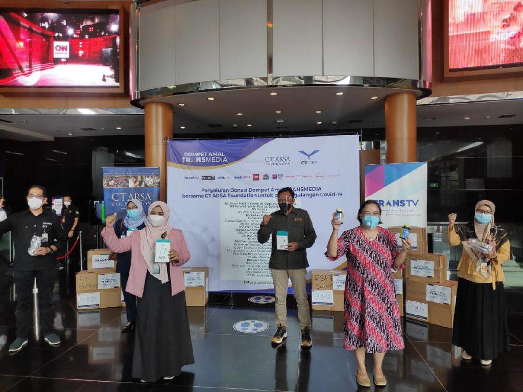 CT Arsa Foundation Donasikan 15 Ribu Masker-148 Vitamin ke 25 RS di Indonesia