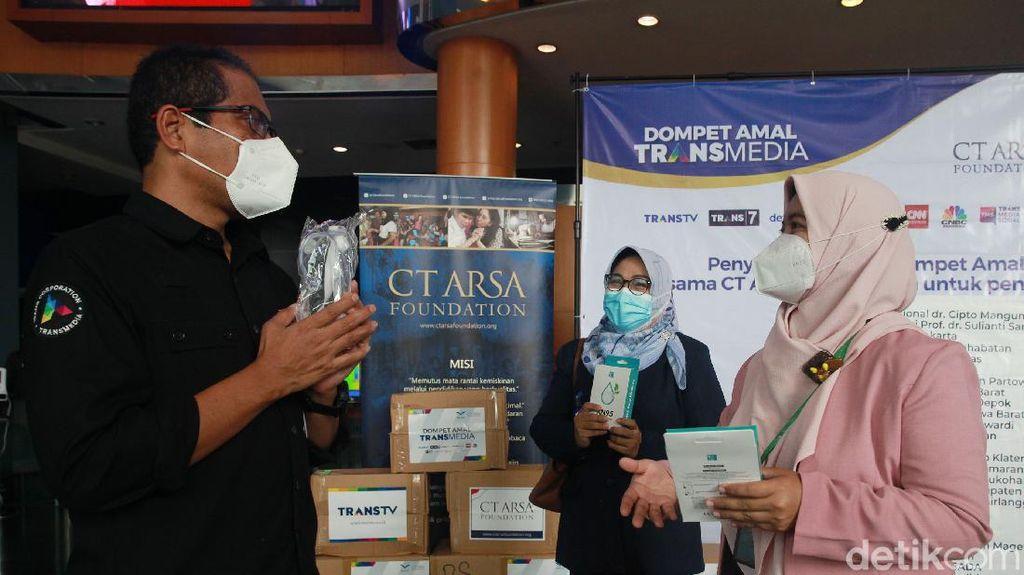 CT Arsa Foundation Salurkan Donasi COVID-19 ke 25 RS di Indonesia