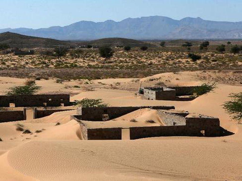 Ajaib, Desa yang Dulu Hilang Ditelan Pasir Muncul Lagi ke Permukaan