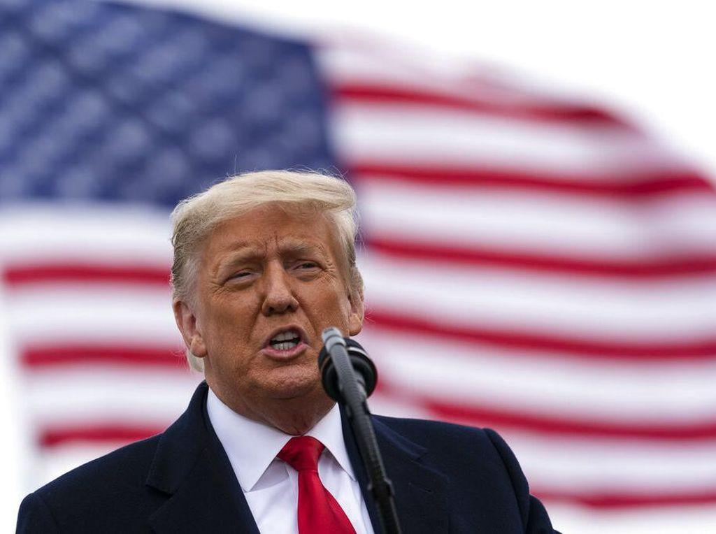 Dua Pengacara Anyar Disiapkan Trump Demi Lolos dari Pemakzulan