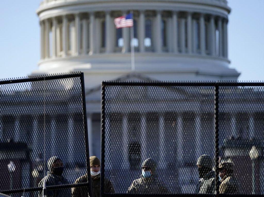 Ada Ancaman Penyerbuan Gedung Capitol, Polisi AS Tingkatkan Keamanan