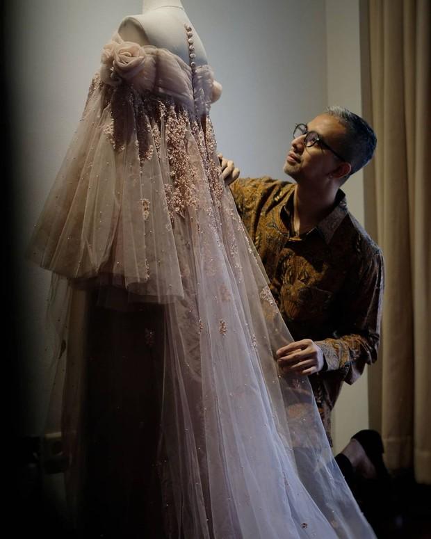 Pernikahan Arie dan Indah