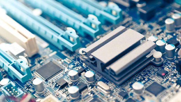 Ilustrasi Spesifikasi Komputer