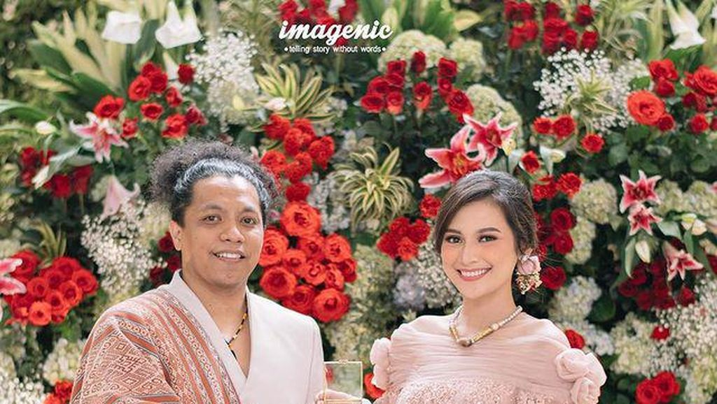 Indah Permatasari dan 7 Artis Indonesia yang Menikah Tanpa Restu Ortu