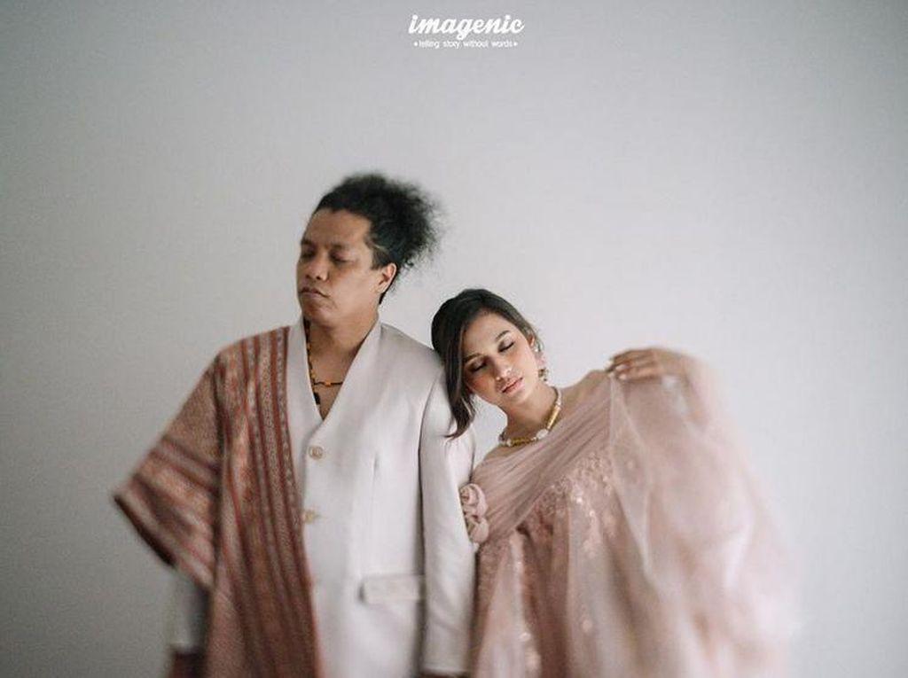 Indah Permatasari Dinikahi Arie Kriting, Kini Ayah Ibunya Ribut