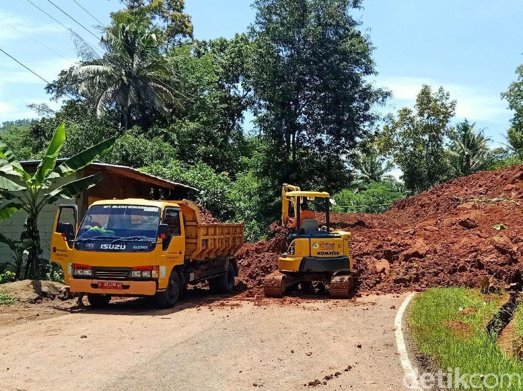 Sempat Tertutup Longsor, Jalan Banjarnegara-Kebumen Kembali Dibuka