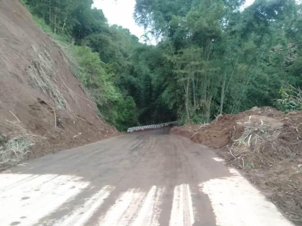 Jalan Utama Magelang-Boyolali Bisa Dilewati Lagi Usai Tertimbun Longsor