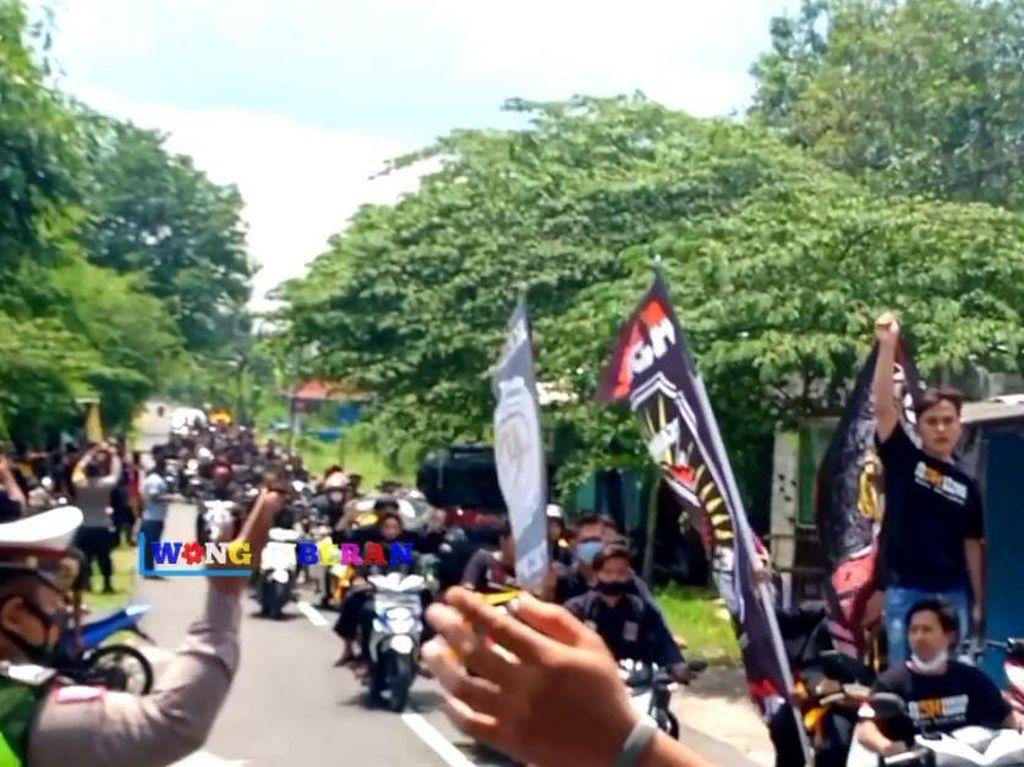 Kata Polisi soal Konvoi Pesilat di Madiun yang Abaikan Prokes