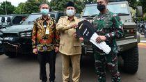 Menhan Prabowo Subianto Serahkan 40 Rantis Maung untuk TNI