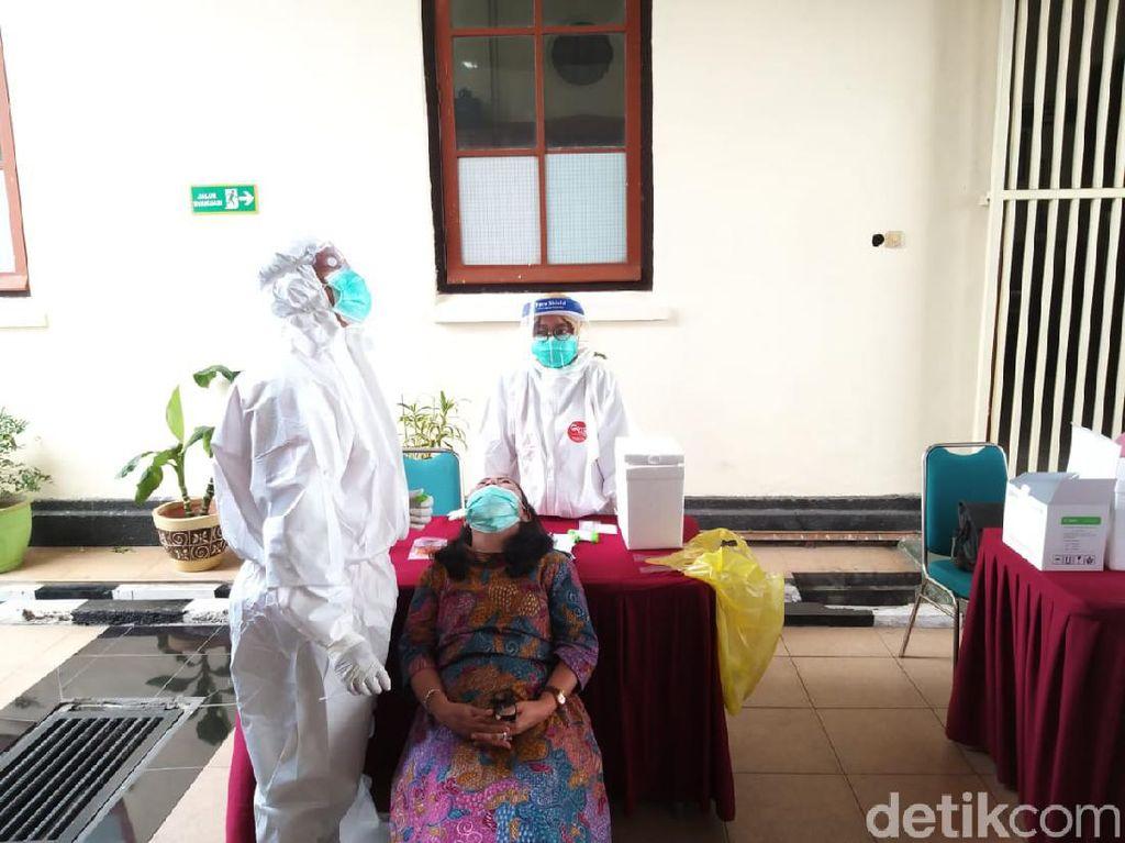 Pegawai dan Hakim Terpapar COVID-19, PN Surabaya Tunda Sidang 14 Hari