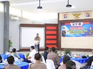 3 Satpam Tuban Dapat Penghargaan dari Polisi di Hari Jadi ke-40