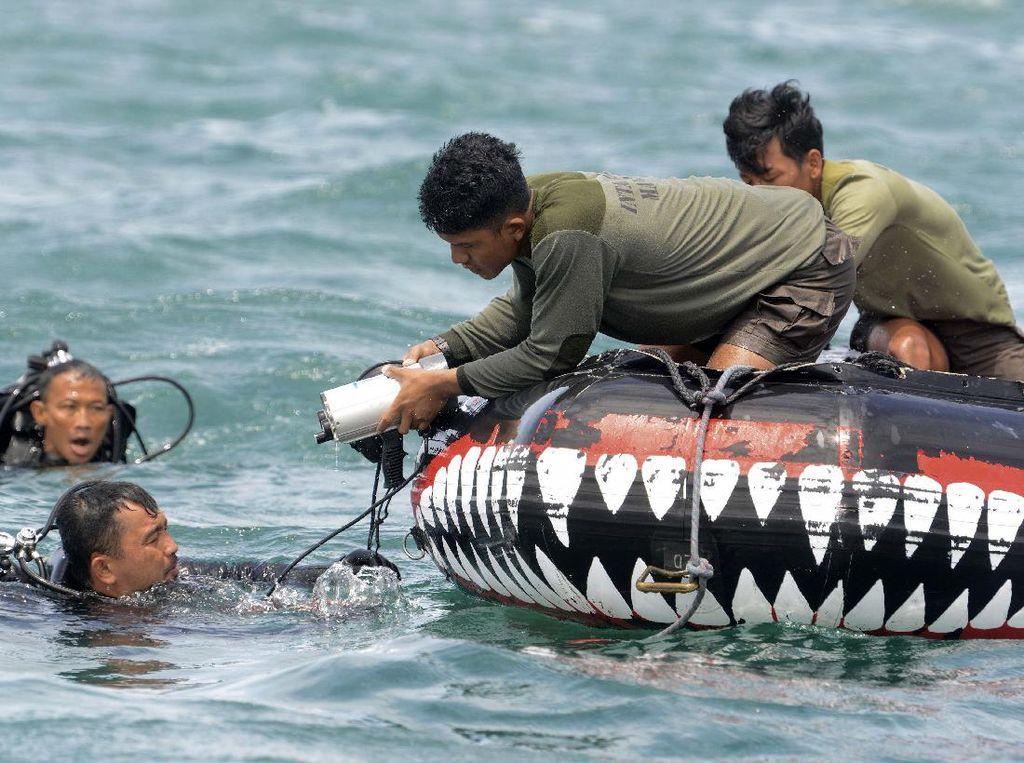 TNI AL: Kemungkinan CVR Pesawat Sriwijaya Air SJ182 Tertancap di Lumpur