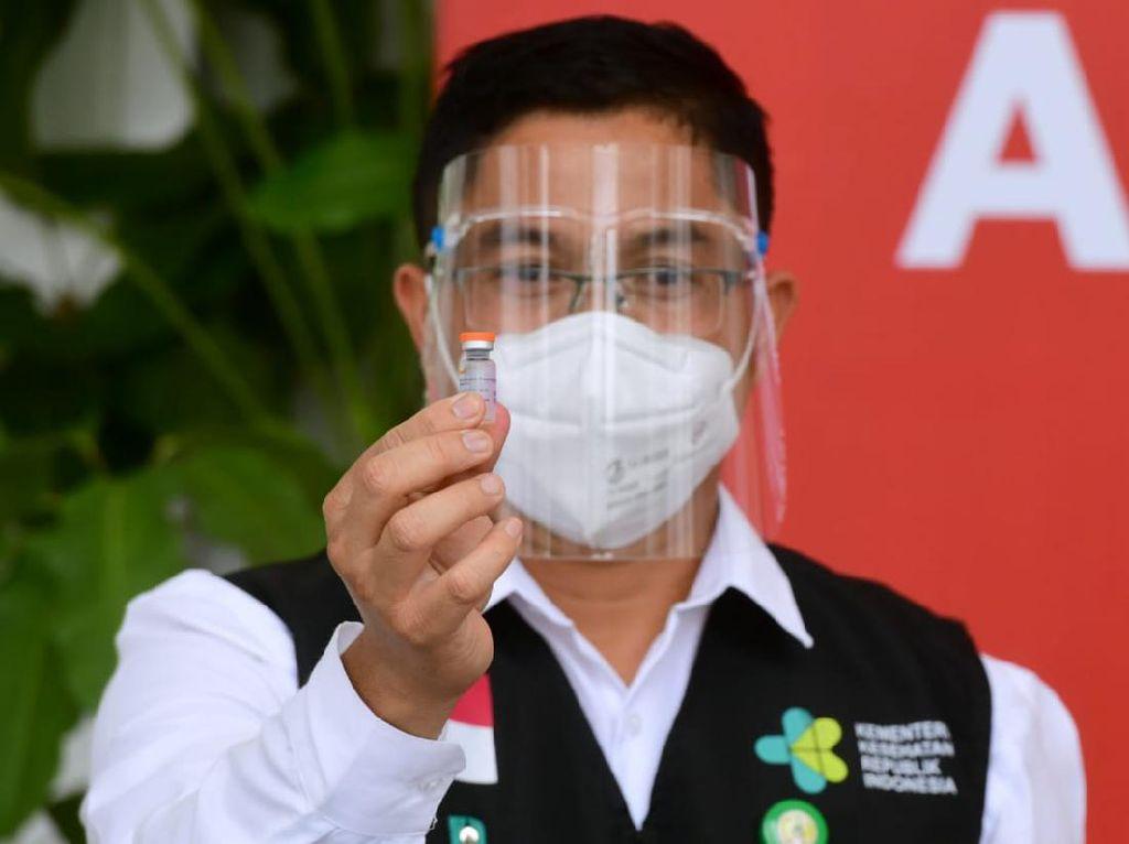 Bukan Vitamin, Ini Lho Vaksin COVID-19 yang Diterima Jokowi Hari Ini