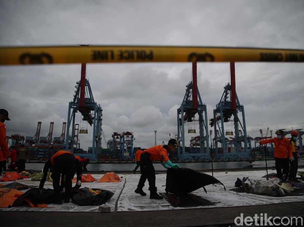 Hari Terakhir Pencarian Sriwijaya Air, Basarnas Koordinasi ke Menhub