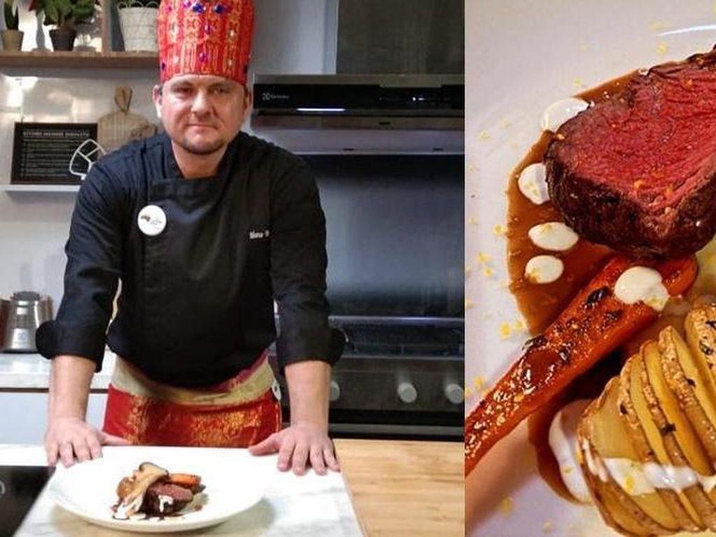 Chef Marco Unjuk Keahlian Masak Rendang di Indonesian Meat Cuisine