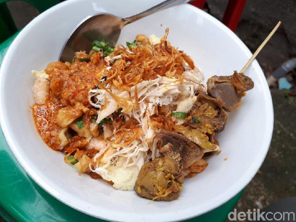 Bubur Ayam Argo Jati yang Mantul, Ludes Terjual dalam 4 Jam Saja!