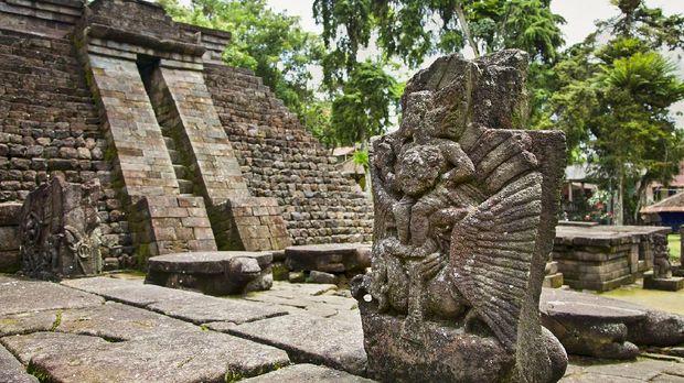 Ancient erotic Candi Sukuh-Hindu Temple on central Java, Indonesia. iStockphoto/master2