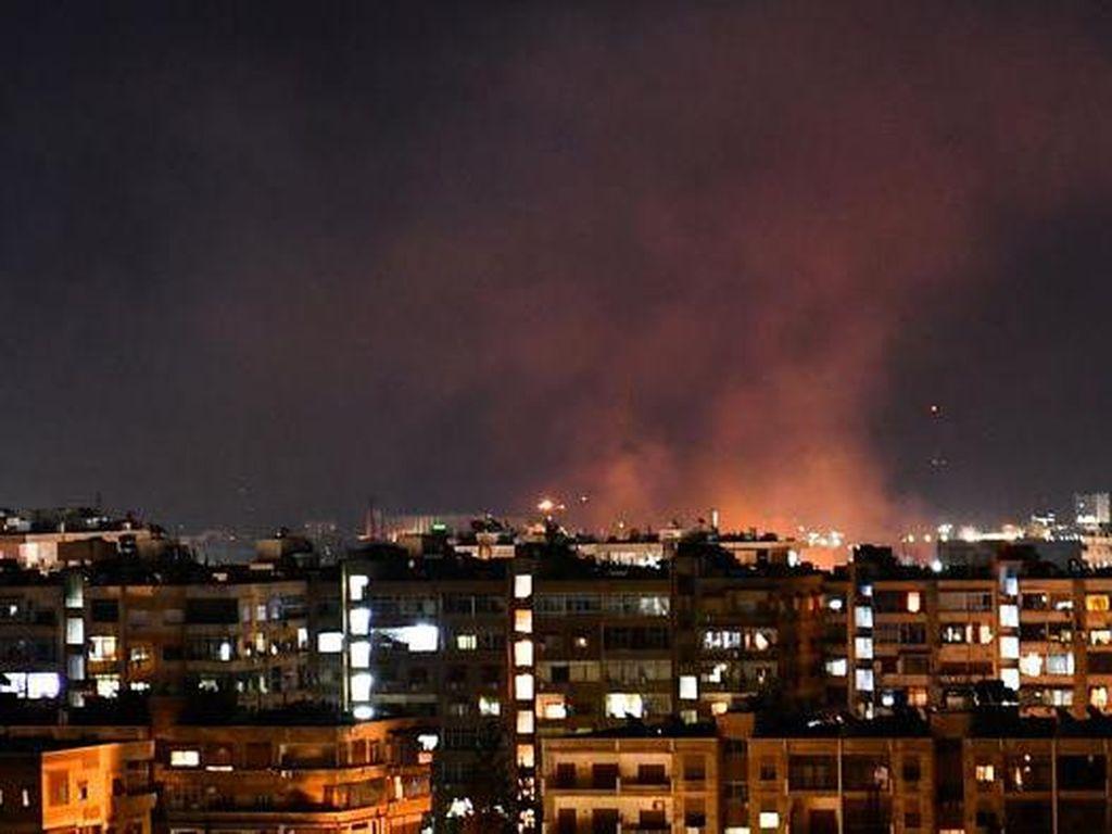 Israel Serang Aset Militer Iran di Suriah