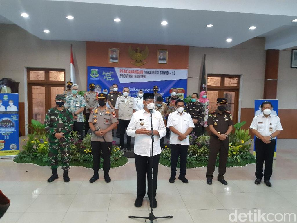 Ketua DPRD, Kapolda hingga Kajati Banten Jalani Vaksinasi Pertama