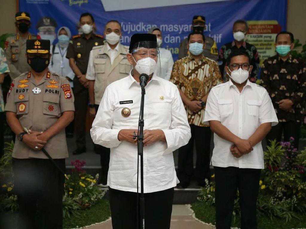 Gubernur Klarifikasi Kisruh Vaksin Ulang DPRD Banten Gegara Belum Difoto