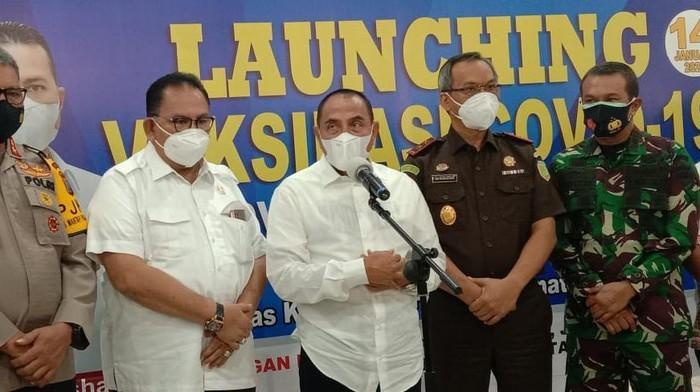 Gubernur Sumut Edy Rahmayadi (tengah)/(Ahmad Arfah-detikcom)