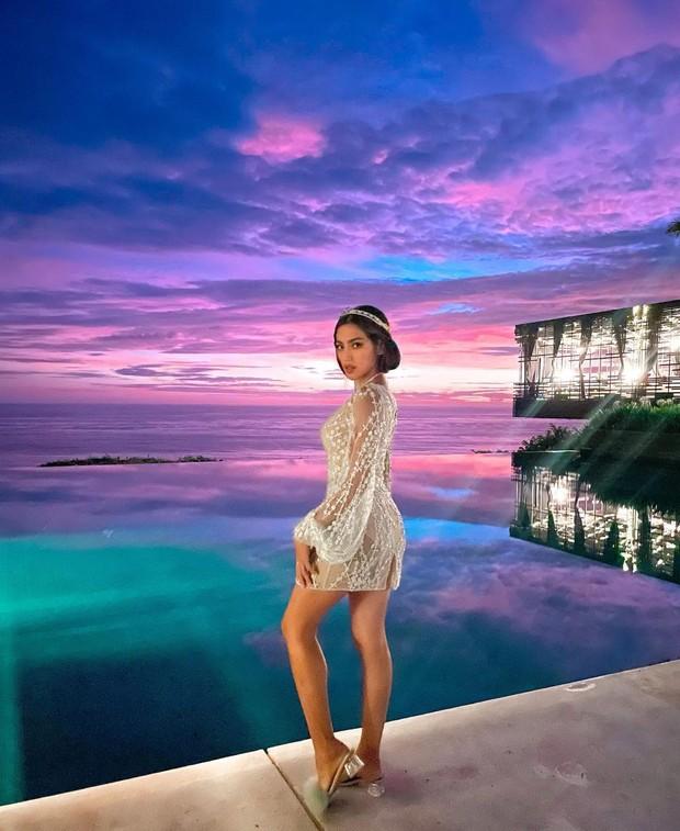 Jessica Iskandarpakai fitted mini dress/instagram.com/inijedar