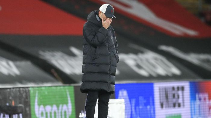 Liverpools manager Jurgen Klopp reacts during the English Premier League soccer match between Southampton and Liverpool at St Marys Stadium, Southampton, England, Monday, Jan. 4, 2021. (AP Photo/Adam Davy,Pool)