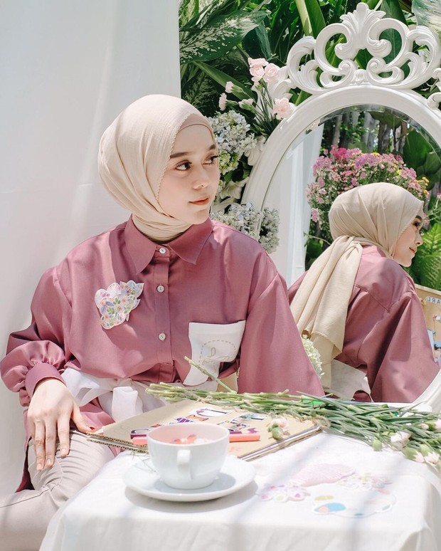 7 Gaya Hijab Cantik Lesti Kejora Untuk Daily Sampai Formal