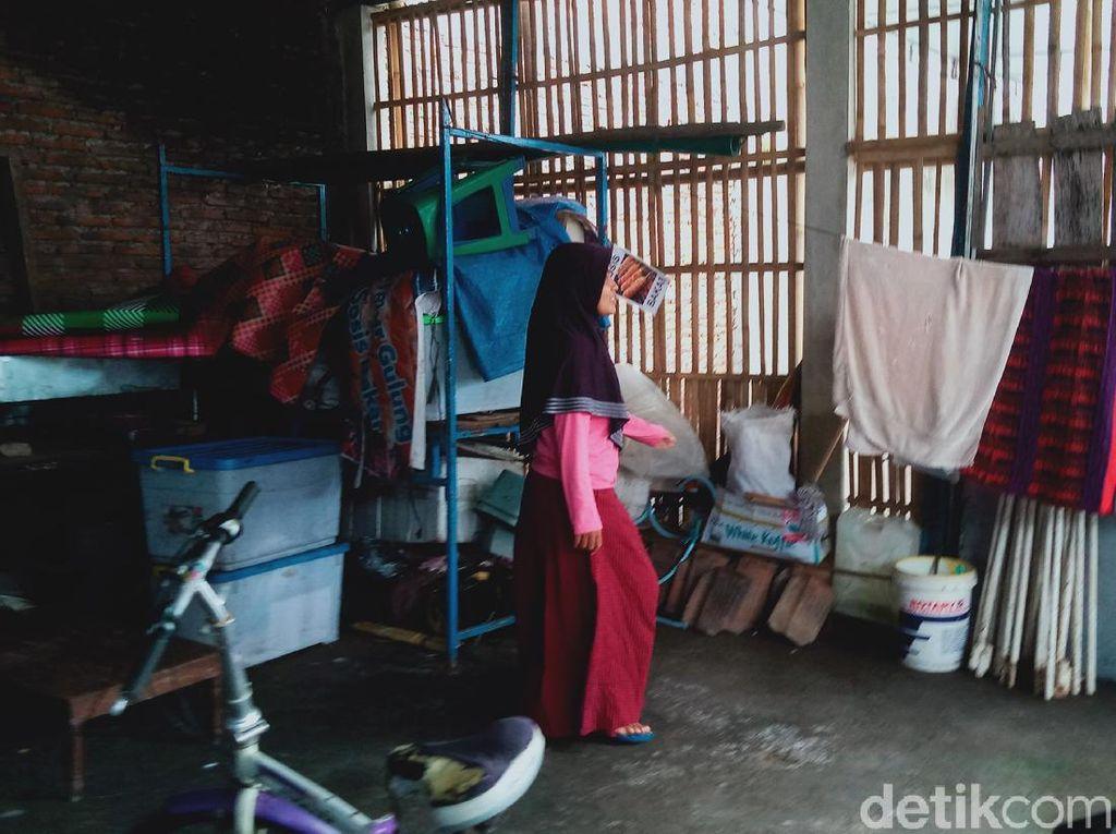 Pencuri Sepeda dan Tabung Gas di Permukiman Padat Klaten Terekam CCTV