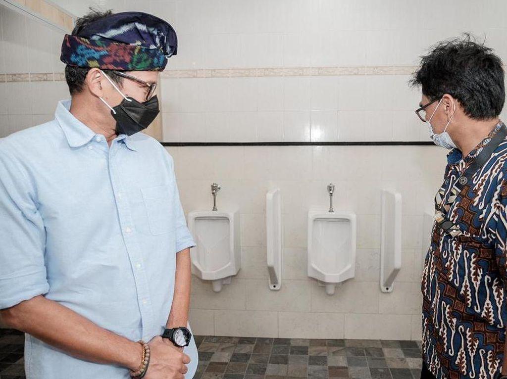 Menparekraf Sandiaga Serius Benahi Toilet, Gandeng ATI