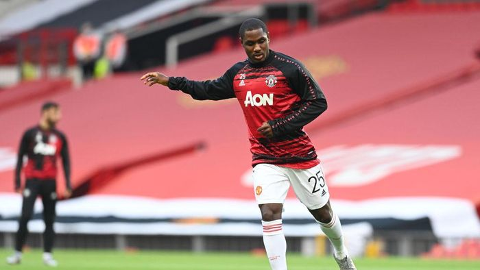 MANCHESTER, ENGLAND - AUGUST 05: Odion Ighalo of Manchester United warms up prior to during the UEFA Europa League round of 16 second leg match between Manchester United and LASK at Old Trafford on August 05, 2020 in Manchester, England. (Photo by Michael Regan/Getty Images)