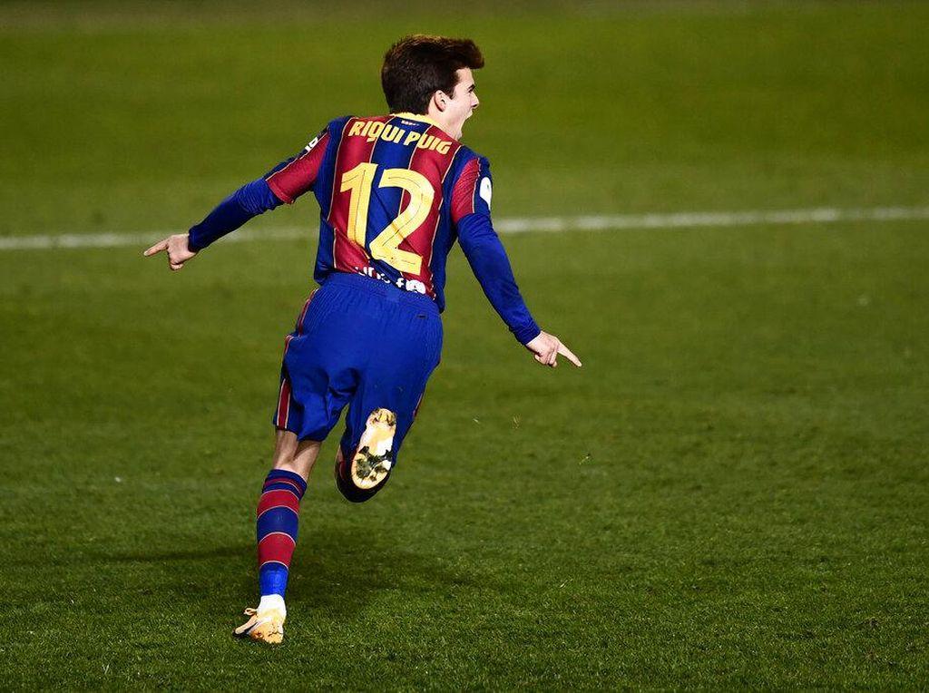 Real Sociedad Vs Barcelona: Riqui Puig yang Siap Sedia
