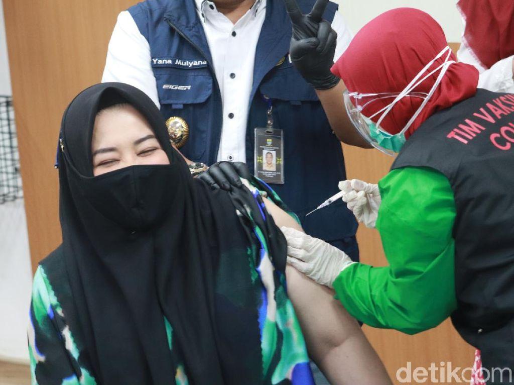 Cerita Risa Saraswati Usai Jalani Vaksinasi COVID-19