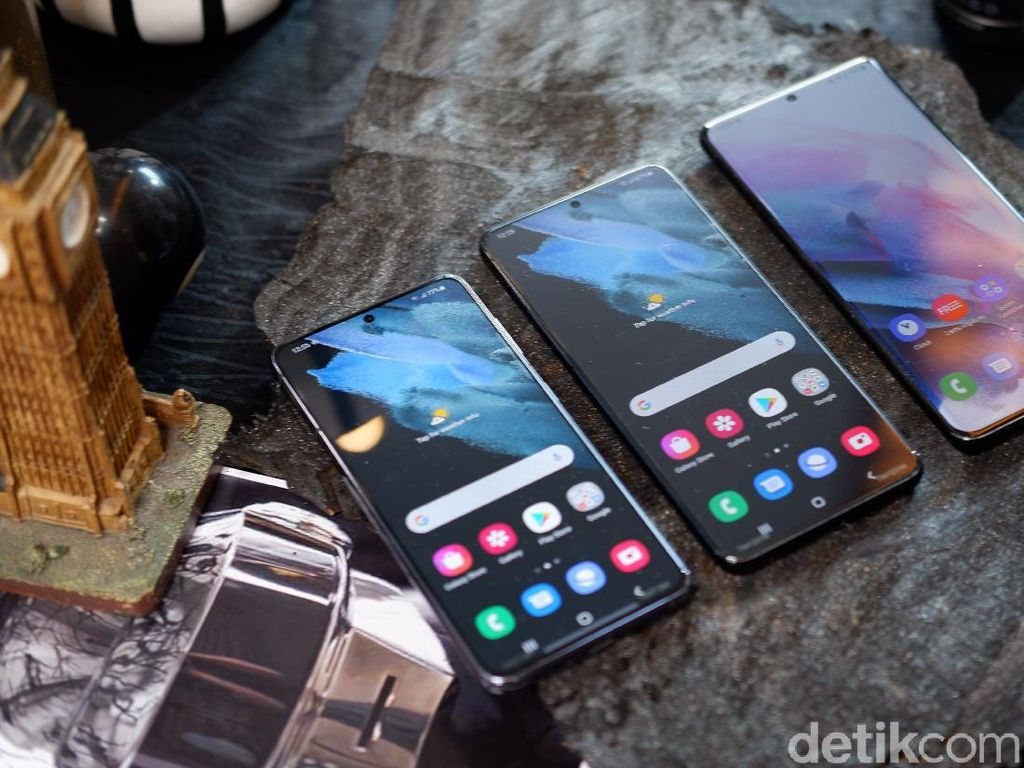 Pre-order Samsung Galaxy S21 di Indonesia Bonus Buds Live & Pro