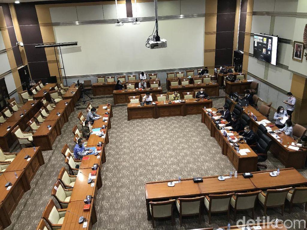 Rapat Bareng PPATK, Komisi III: Transaksi Keuangan Komjen Sigit Wajar
