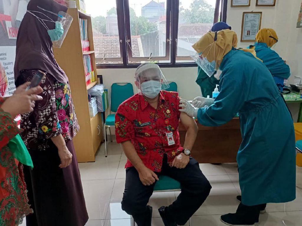 Daerahnya Prioritas, Bupati Semarang Tak Ikut Kloter Awal Vaksin Corona