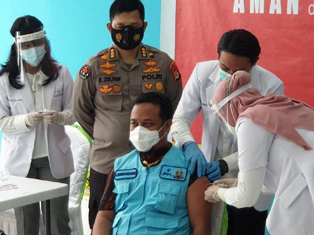 Vaksinasi di Sulsel, Gubernur Nurdin Abdullah Tak Penuhi Syarat Divaksin
