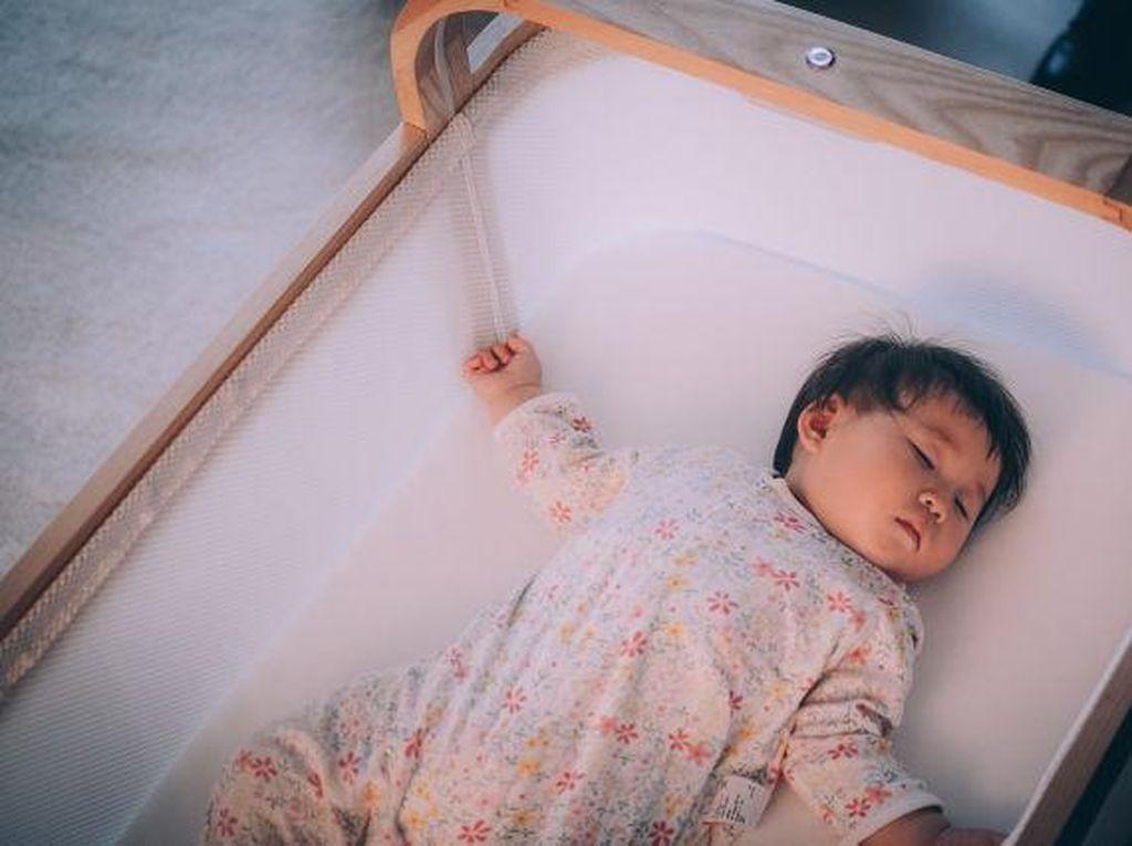 Tempat Tidur Bayi Pakai Kecerdasan Buatan, Anti Rewel Malam Hari