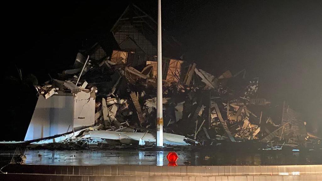 Penampakan Kantor Gubernur Sulbar-Hotel Maleo Rusak Akibat Gempa Majene