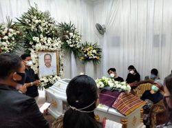 Keluarga Gelar Acara Adat Pemakaman Walkot Siantar Terpilih Asner Silalahi